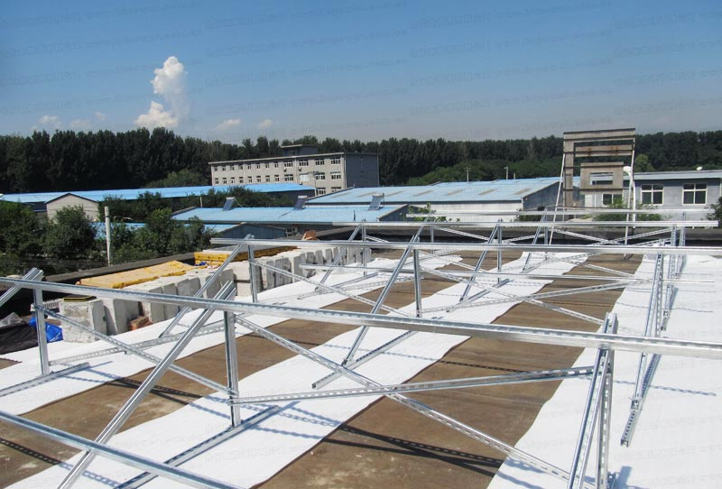 Trial of Hetian Household Solar Power Generation system by Sh